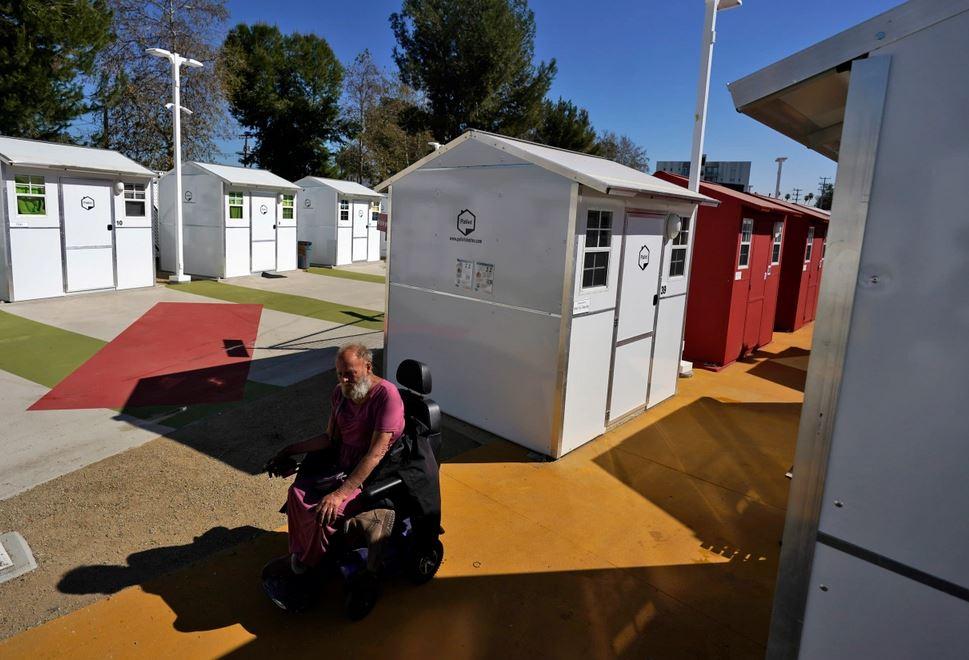 Sacramento tiny homes for the homeless