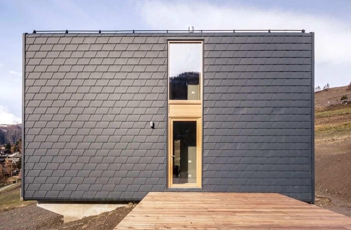 scandinavian tiny house